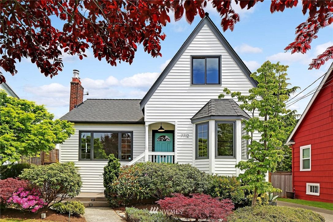 Sold Property | 7712 10th Avenue NW Seattle, WA 98117 0