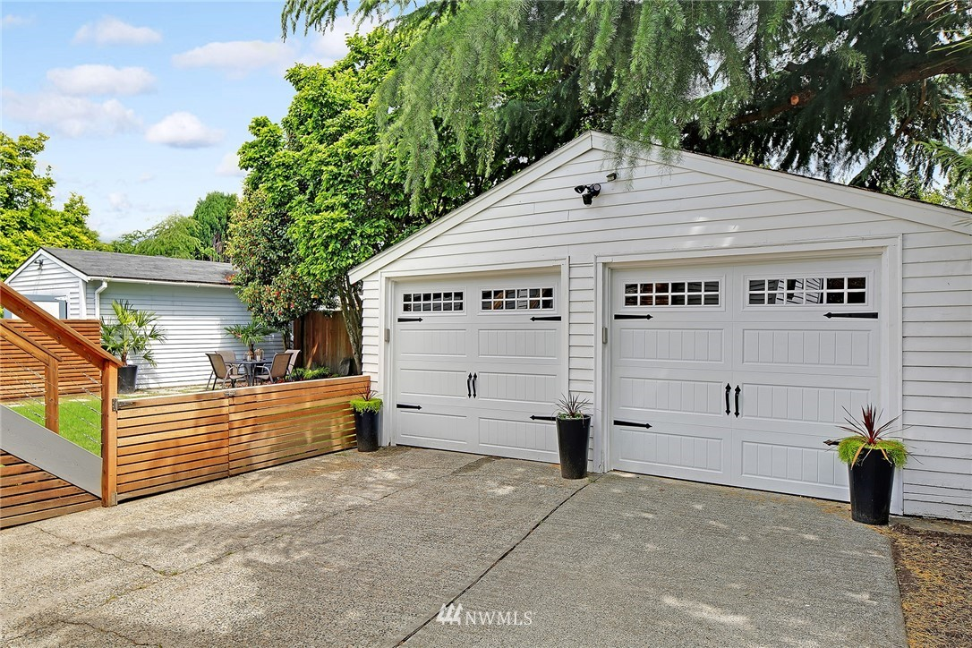 Sold Property | 7712 10th Avenue NW Seattle, WA 98117 26