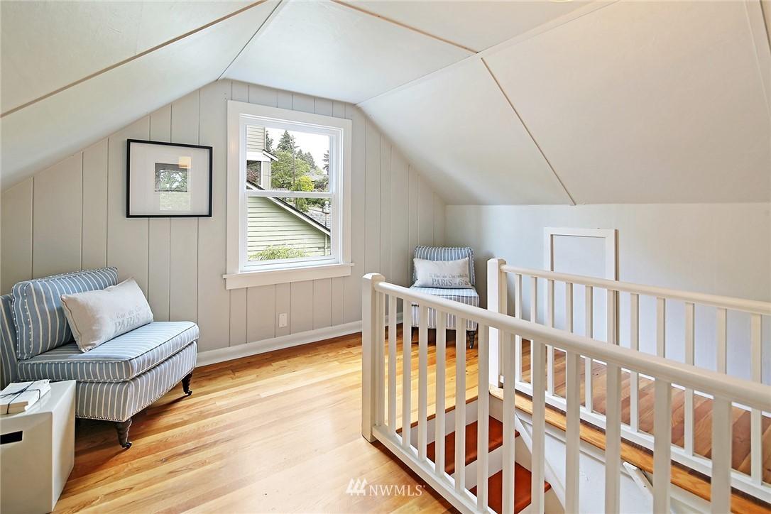 Sold Property | 532 NE 92nd Street Seattle, WA 98115 12