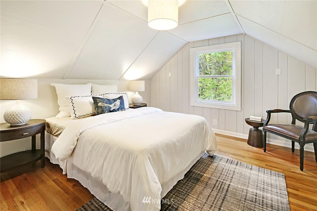 Sold Property | 532 NE 92nd Street Seattle, WA 98115 13