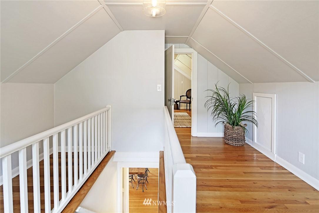 Sold Property | 532 NE 92nd Street Seattle, WA 98115 14