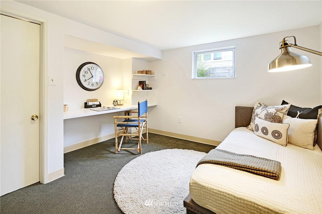 Sold Property | 532 NE 92nd Street Seattle, WA 98115 20