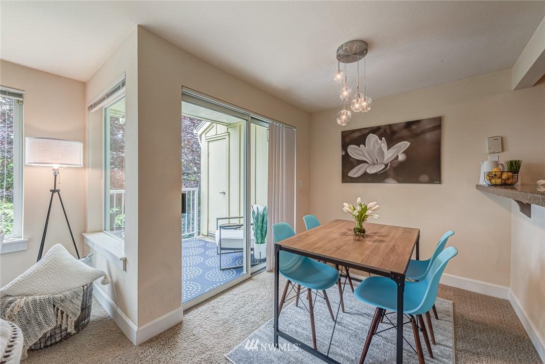 Sold Property | 300 N 130 Street ##1304 Seattle, WA 98133 11
