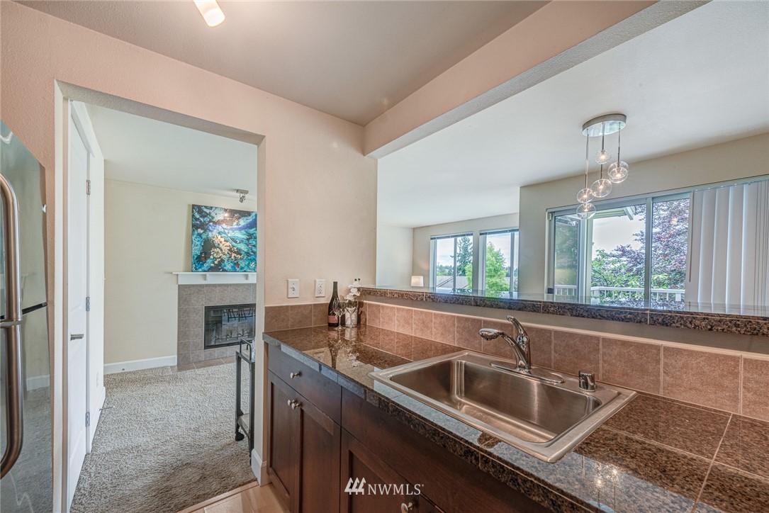 Sold Property | 300 N 130 Street ##1304 Seattle, WA 98133 13