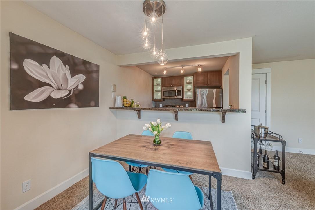 Sold Property | 300 N 130 Street ##1304 Seattle, WA 98133 15