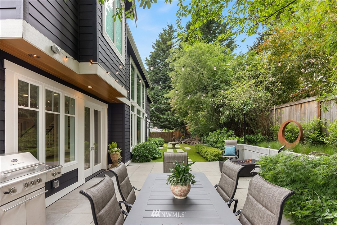Sold Property | 11024 SE 28th Place Bellevue, WA 98004 10