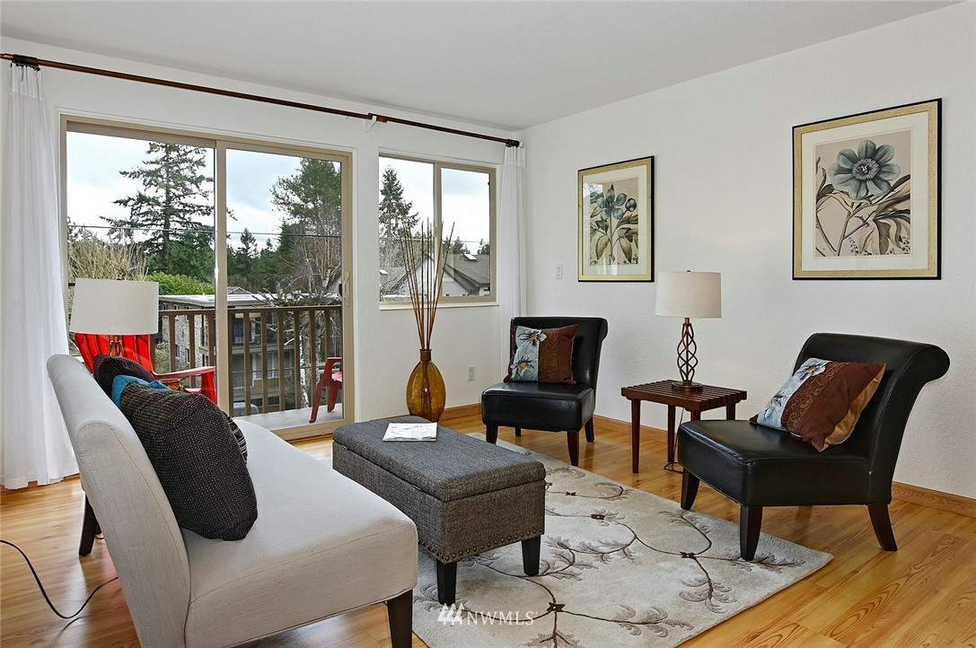 Sold Property | 12035 32nd Avenue NE #305 Seattle, WA 98125 1