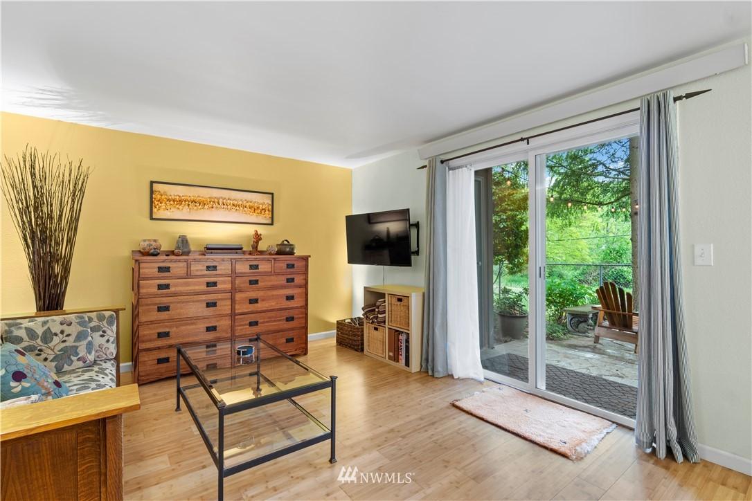 Sold Property | 7219 224th Street SW #K1 Edmonds, WA 98026 3