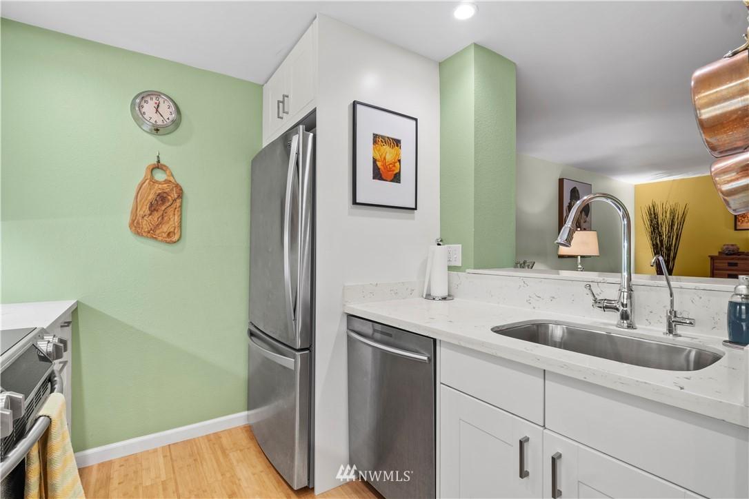 Sold Property | 7219 224th Street SW #K1 Edmonds, WA 98026 10