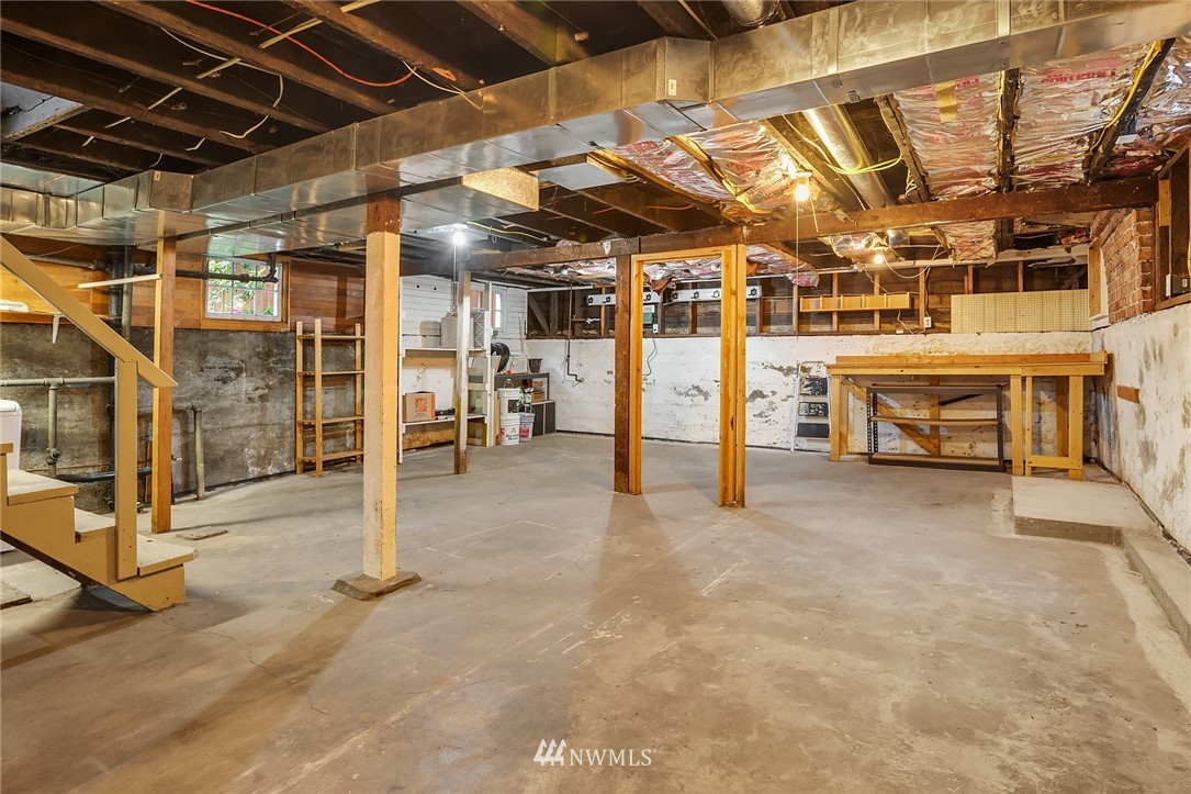 Sold Property   6556 Division Avenue NW Seattle, WA 98117 19