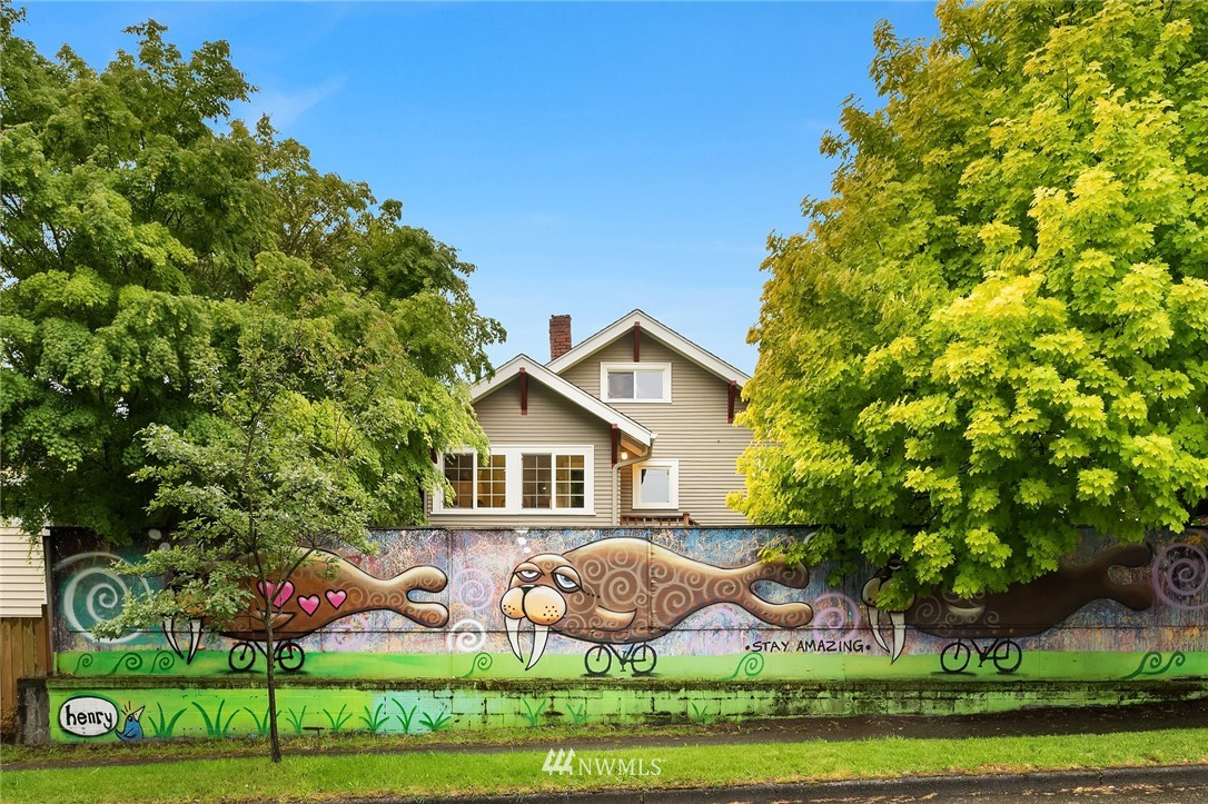 Sold Property   6556 Division Avenue NW Seattle, WA 98117 24