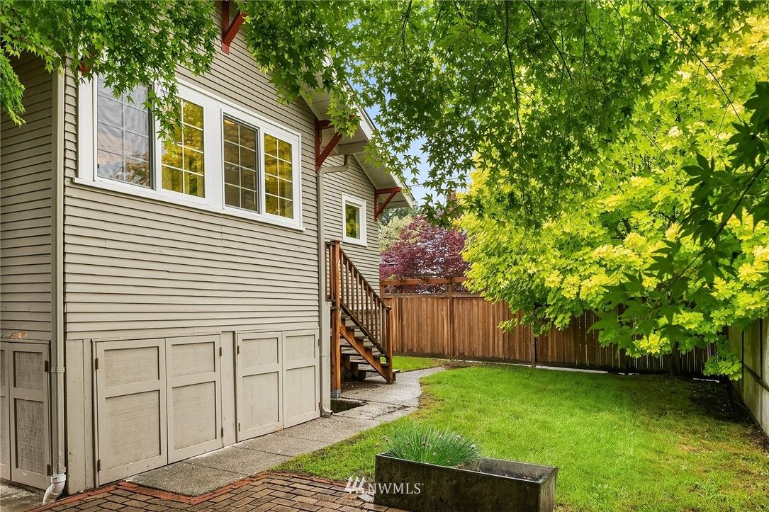 Sold Property   6556 Division Avenue NW Seattle, WA 98117 22