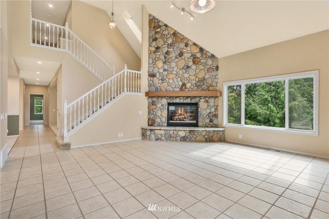 Sold Property | 19807 13th Drive SE Bothell, WA 98012 4