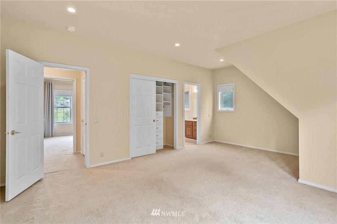Sold Property | 19807 13th Drive SE Bothell, WA 98012 20