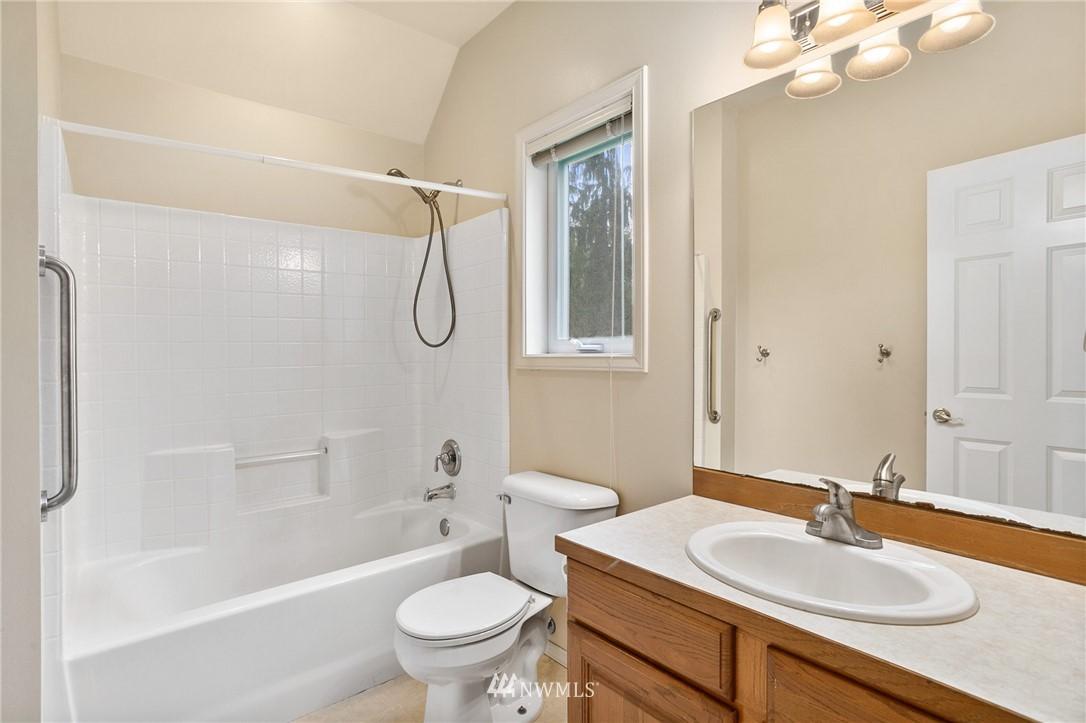 Sold Property | 19807 13th Drive SE Bothell, WA 98012 21