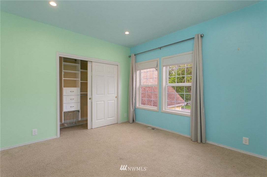 Sold Property | 19807 13th Drive SE Bothell, WA 98012 26