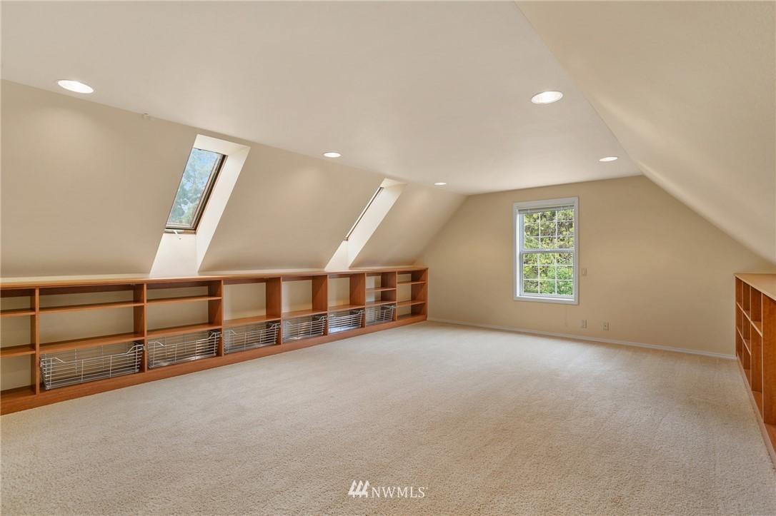Sold Property | 19807 13th Drive SE Bothell, WA 98012 29