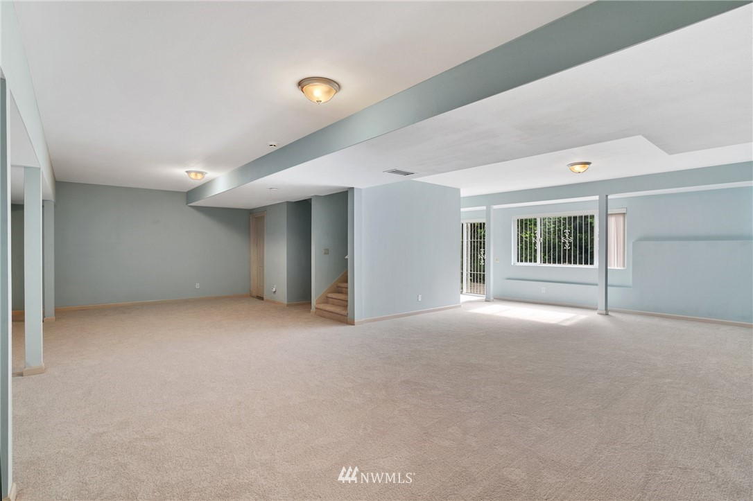Sold Property | 19807 13th Drive SE Bothell, WA 98012 30