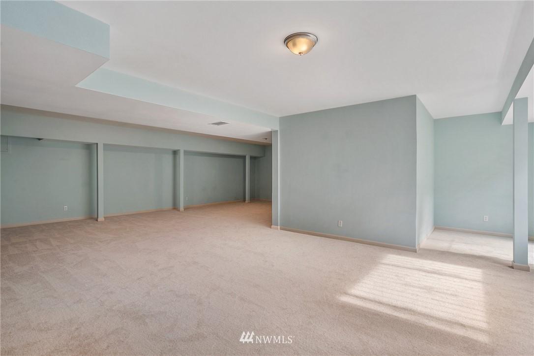 Sold Property | 19807 13th Drive SE Bothell, WA 98012 31