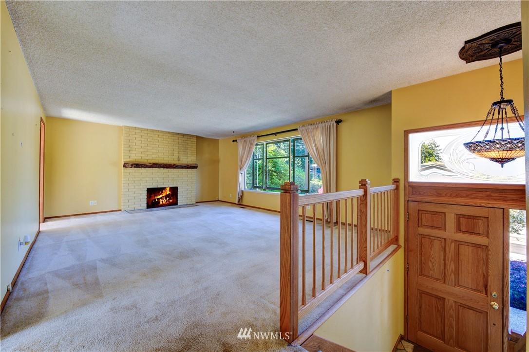 Sold Property | 20931 88th Place W Edmonds, WA 98026 3