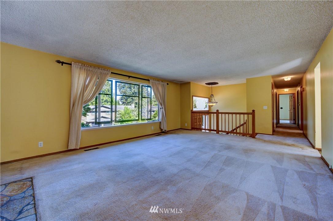 Sold Property | 20931 88th Place W Edmonds, WA 98026 4