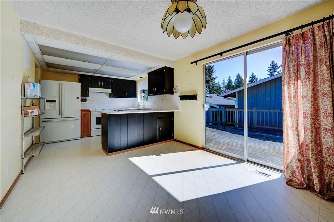 Sold Property | 20931 88th Place W Edmonds, WA 98026 5
