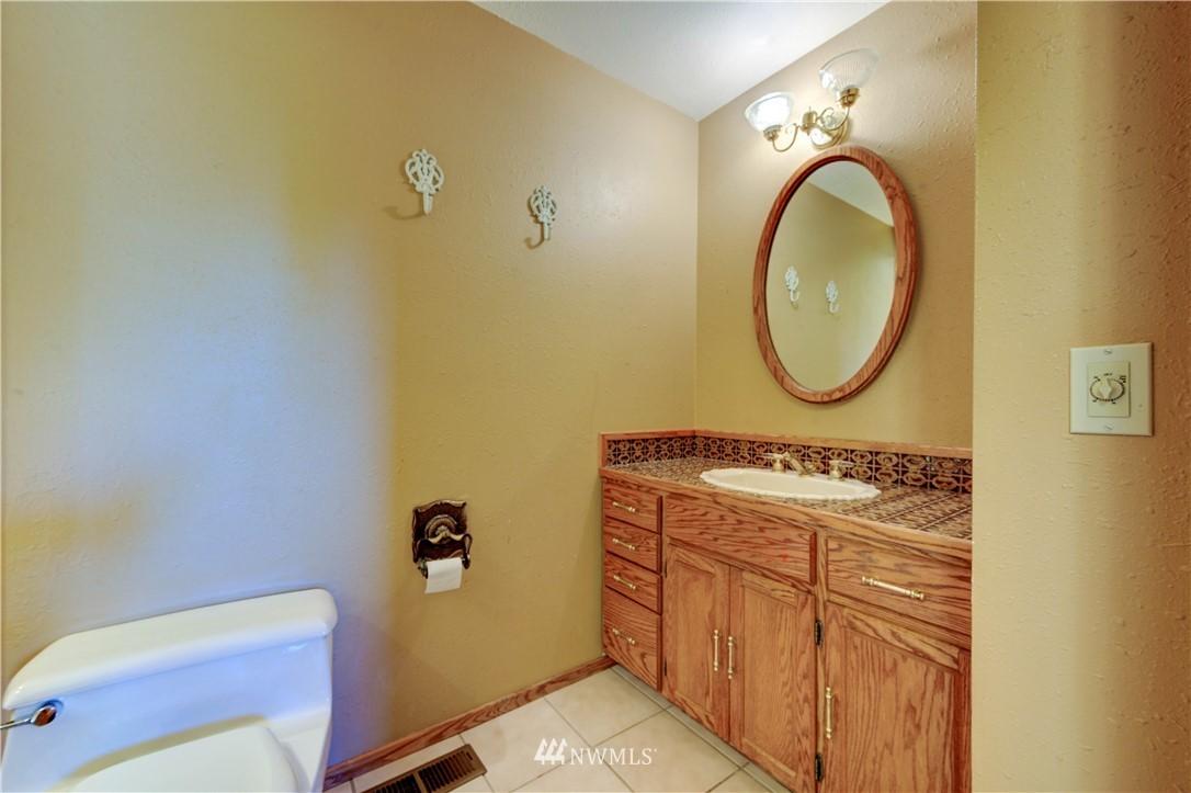 Sold Property | 20931 88th Place W Edmonds, WA 98026 8