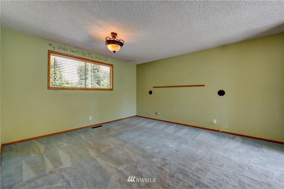 Sold Property | 20931 88th Place W Edmonds, WA 98026 9