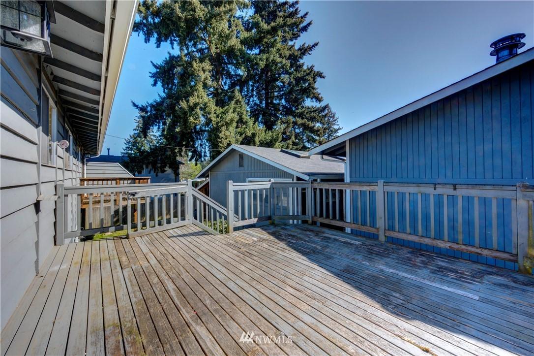 Sold Property | 20931 88th Place W Edmonds, WA 98026 19