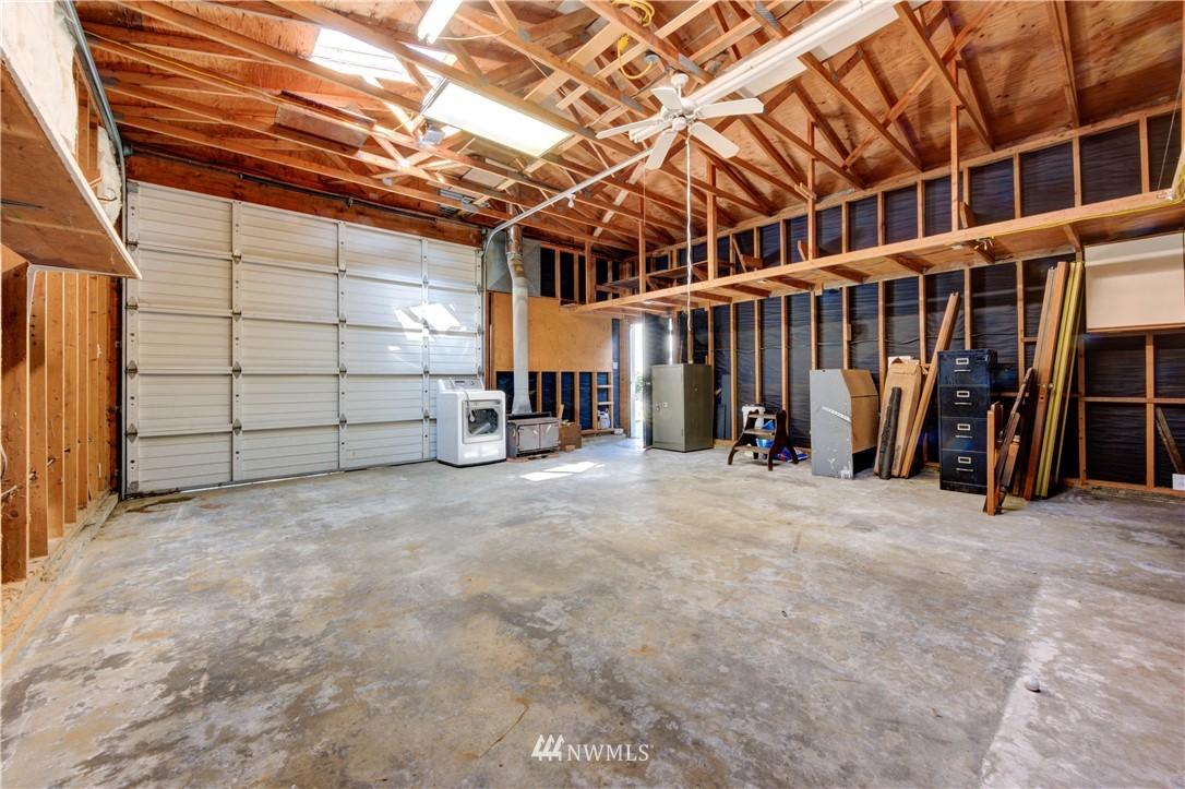 Sold Property | 20931 88th Place W Edmonds, WA 98026 21
