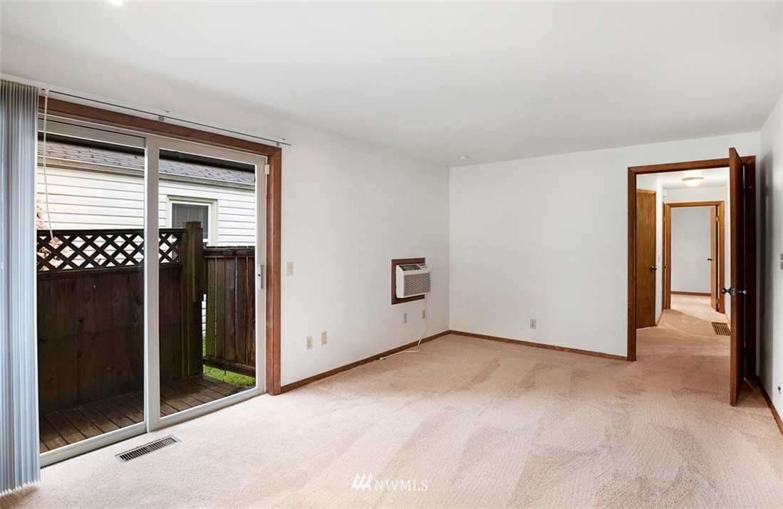 Sold Property | 1016 NW 80th Street Seattle, WA 98117 15