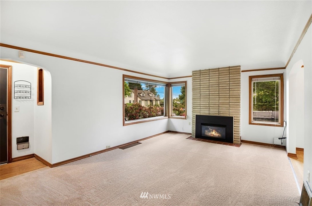 Sold Property | 1016 NW 80th Street Seattle, WA 98117 22