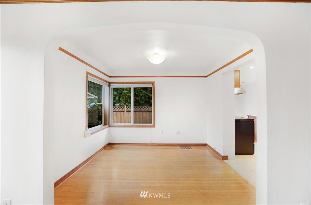 Sold Property | 1016 NW 80th Street Seattle, WA 98117 36