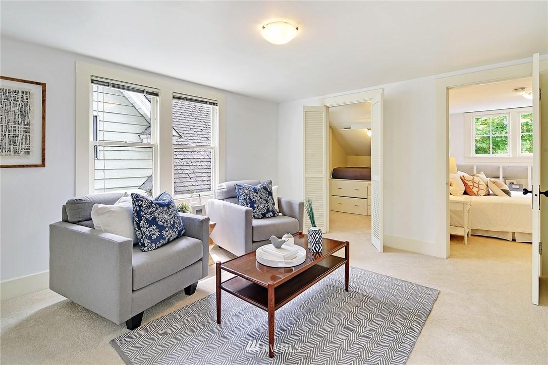 Sold Property   5516 Woodlawn Avenue N Seattle, WA 98103 20