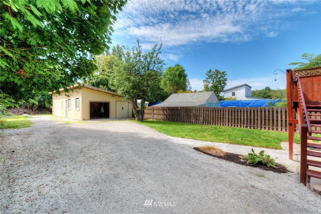 Sold Property | 11807 40th Avenue S Tukwila, WA 98168 1