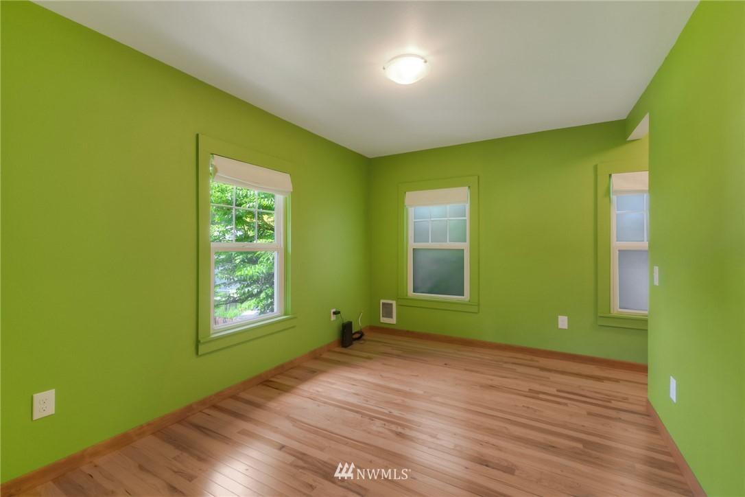 Sold Property | 11807 40th Avenue S Tukwila, WA 98168 12