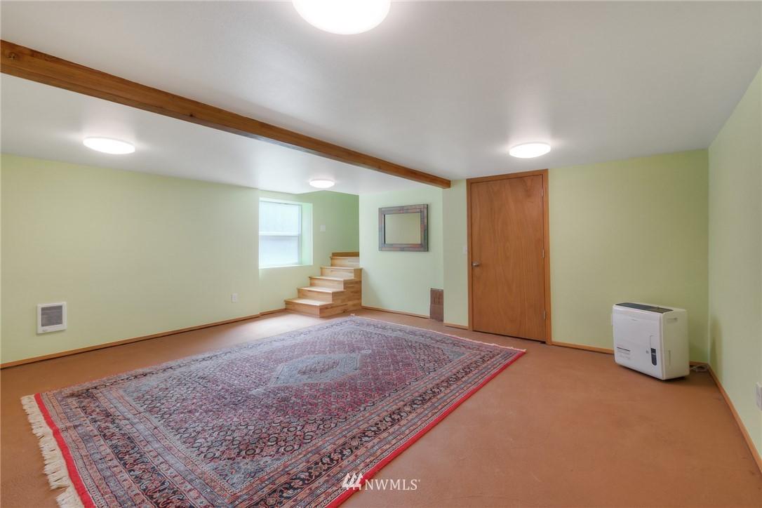Sold Property | 11807 40th Avenue S Tukwila, WA 98168 18