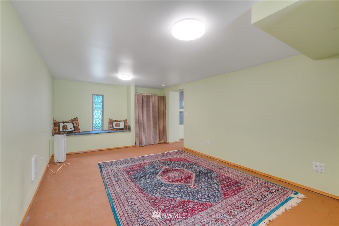 Sold Property | 11807 40th Avenue S Tukwila, WA 98168 20
