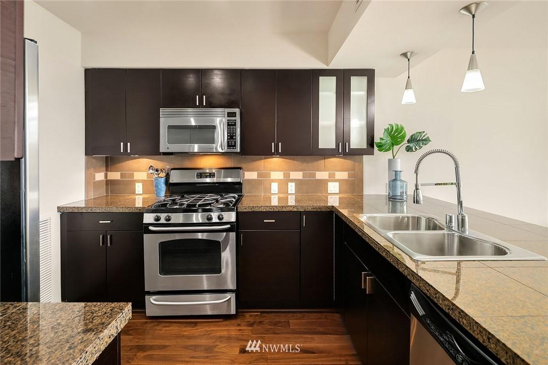 Sold Property | 819 Virginia Street #2403 Seattle, WA 98101 7
