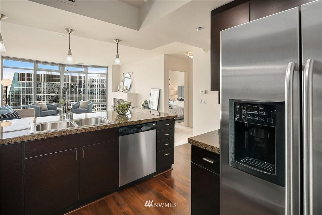 Sold Property | 819 Virginia Street #2403 Seattle, WA 98101 8