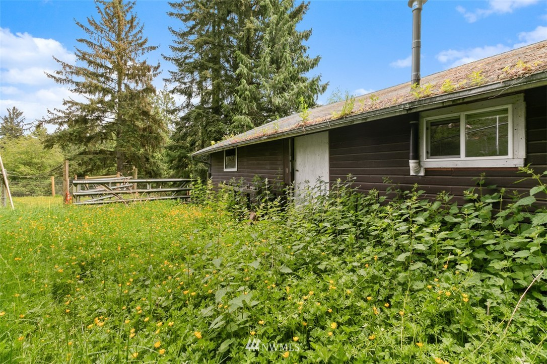 Sold Property | 23525 27th Avenue SE Bothell, WA 98021 38
