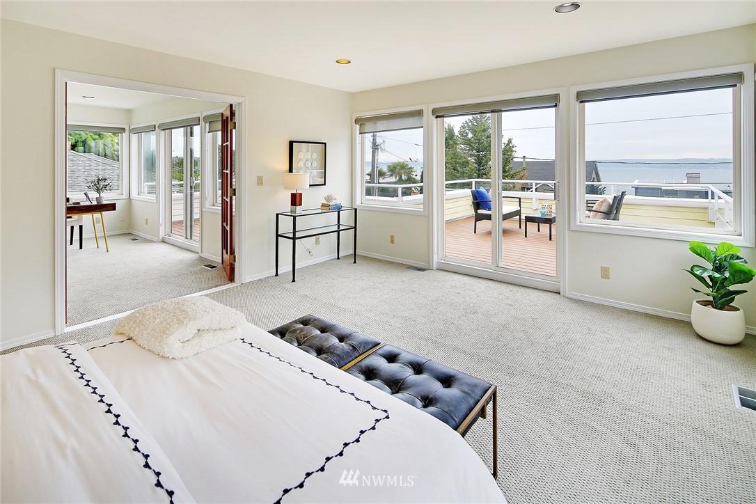 Sold Property   11270 Marine View Drive SW Seattle, WA 98146 16