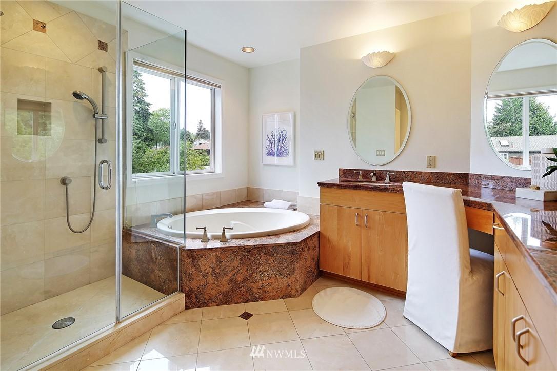 Sold Property   11270 Marine View Drive SW Seattle, WA 98146 15