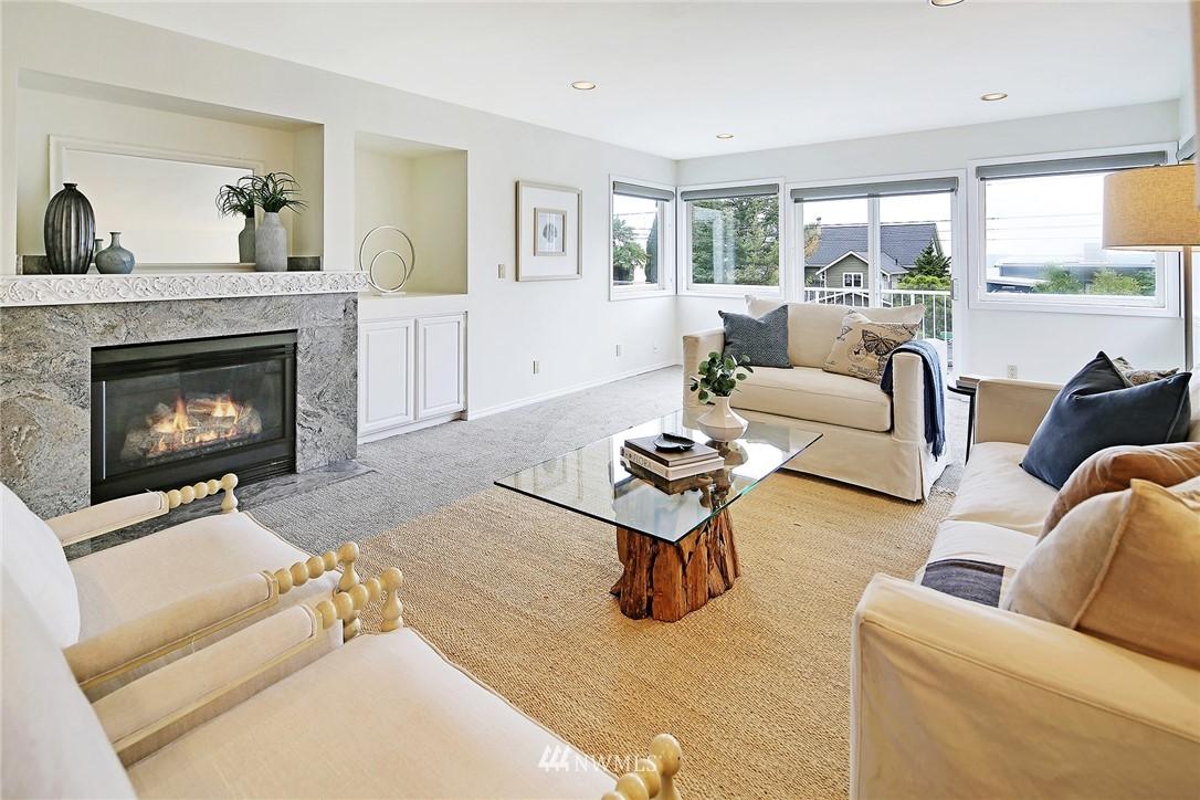 Sold Property   11270 Marine View Drive SW Seattle, WA 98146 5