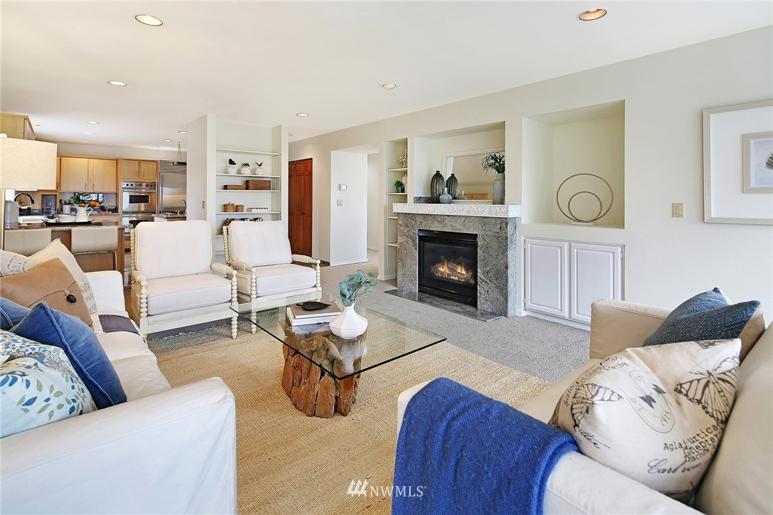 Sold Property   11270 Marine View Drive SW Seattle, WA 98146 7