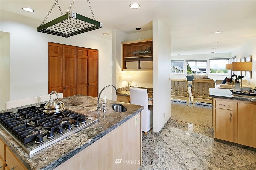 Sold Property   11270 Marine View Drive SW Seattle, WA 98146 10