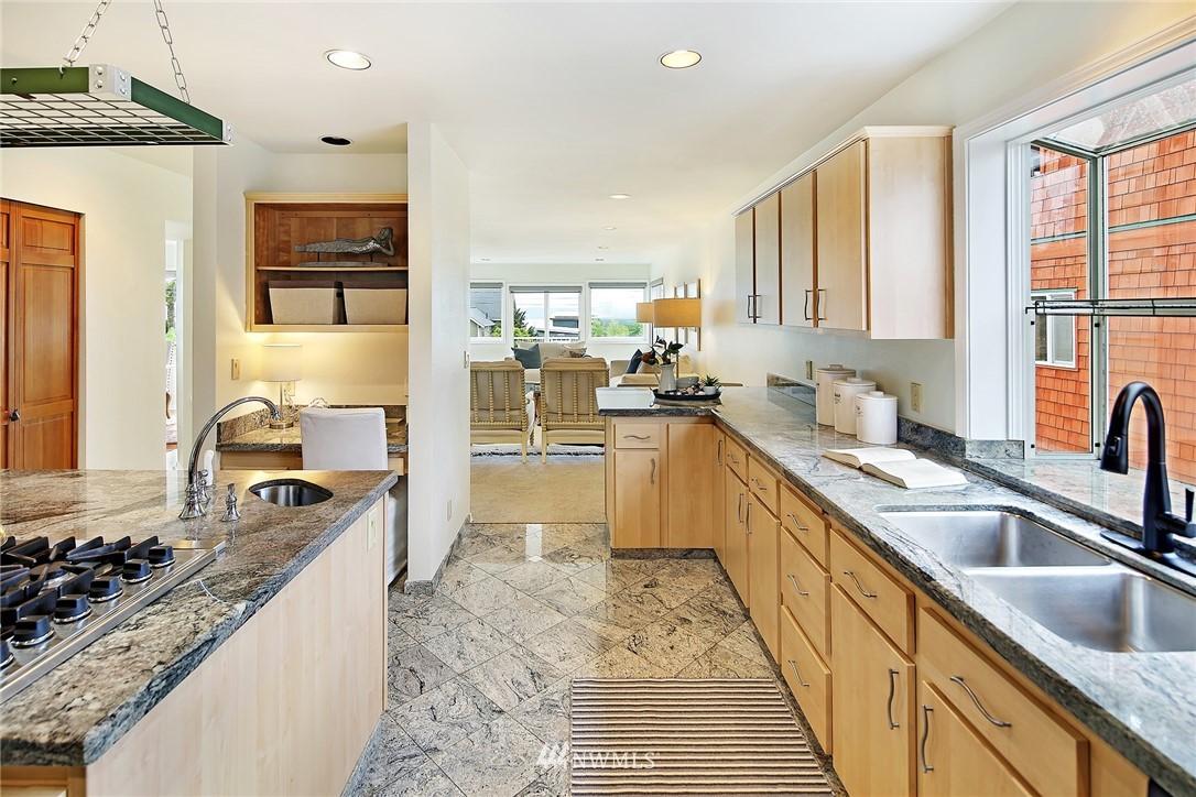 Sold Property   11270 Marine View Drive SW Seattle, WA 98146 11