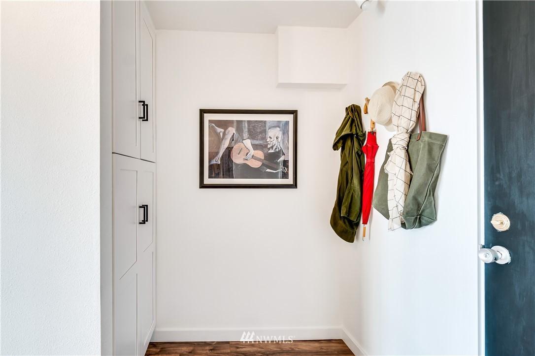 Sold Property | 308 E Republican Street #106 Seattle, WA 98102 7