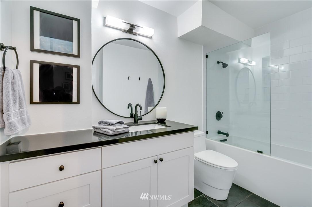 Sold Property | 308 E Republican Street #106 Seattle, WA 98102 11