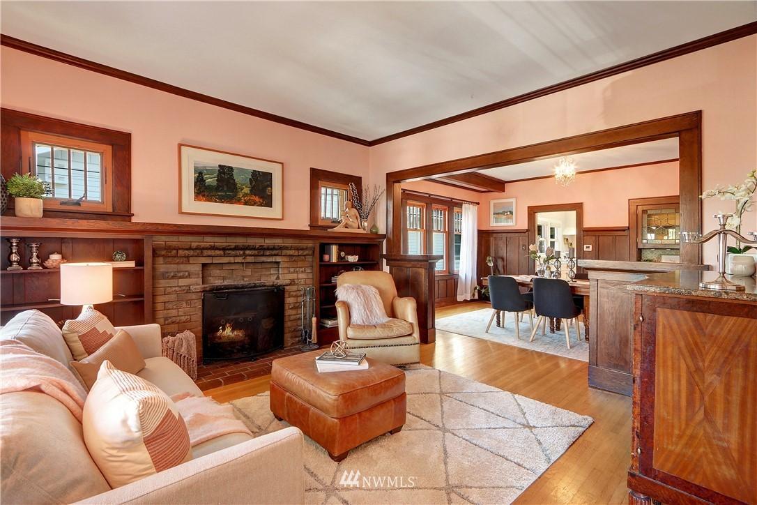 Sold Property   4655 Eastern Avenue N Seattle, WA 98103 3